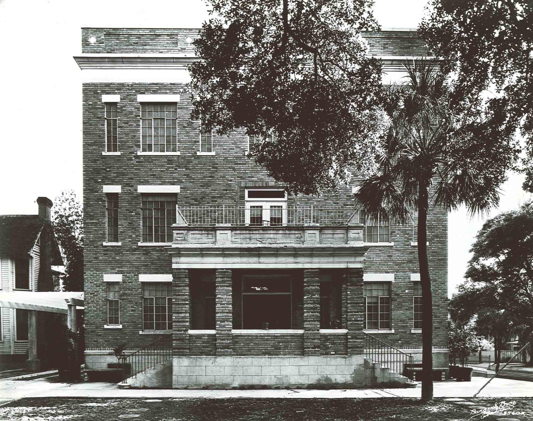 1934 Hospital